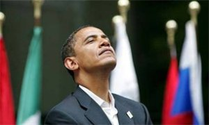 Obama_looking_up